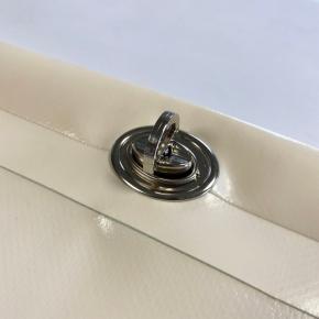 Tourniquet titan simple hauteur + oeillet ovale titan fendu - Accessoires pour bâches